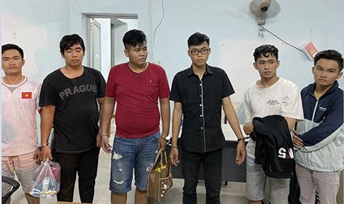 Tìm nạn nhân 18 vụ cướp táo tợn ở TP HCM và Bình Dương - Ảnh 1.