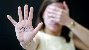 Người lao động có hành vi quấy rối tình dục tại nơi làm có thể bị sa thải - Ảnh 1.