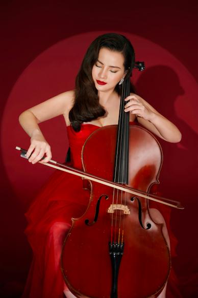 Quyến rũ và tài năng, Hà Miên được khuyến khích mang nhạc cổ điển Việt Nam ra quốc tế - Ảnh 1.