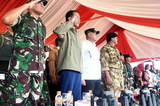 Indonesia liên tiếp tập trận khủng gần biển Đông - Ảnh 1.
