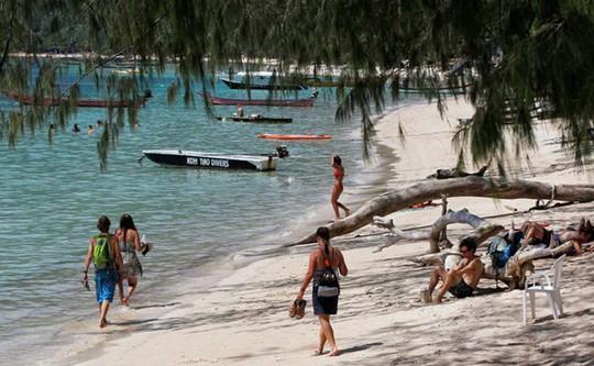 Những cái chết bí ẩn trên đảo du lịch Thái Lan - Ảnh 1.