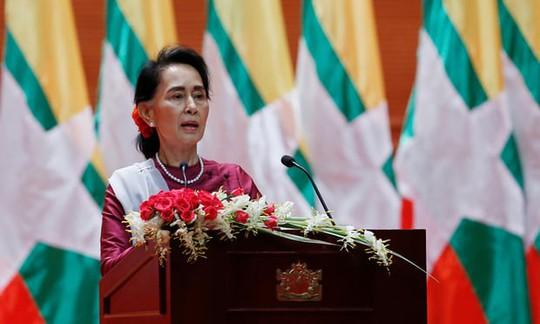 Bà Suu Kyi lên tiếng về cuộc khủng hoảng người Rohingya - Ảnh 1.