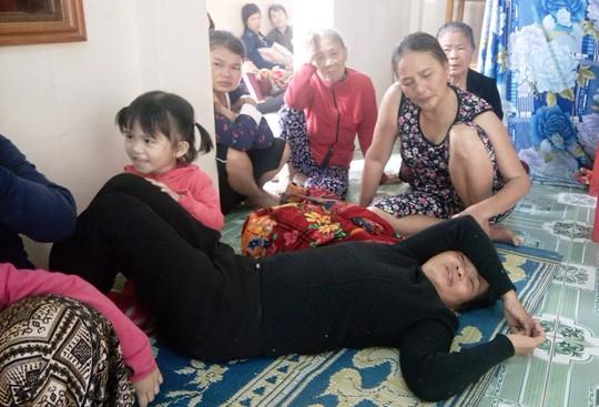 Vụ 6 lao động Việt tử vong tại Đài Loan: Con đi răng không về với mẹ! - Ảnh 1.