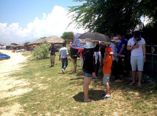 Ca nô chở khách đi Điệp Sơn nghi bị đốt cháy vì cạnh tranh - Ảnh 4.