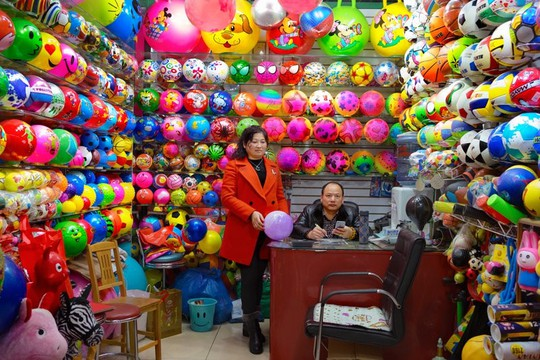 Khu chợ bán đồ Made in China lớn nhất thế giới - Ảnh 10.