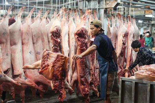 TP HCM quyết chặn thịt heo không rõ nguồn gốc - Ảnh 1.