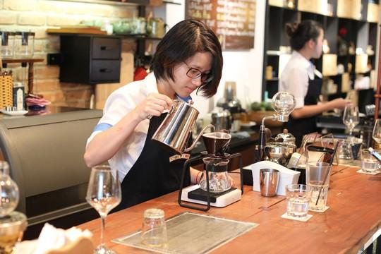 Vì sao Việt Nam phải nhập khẩu cà phê? - Ảnh 1.