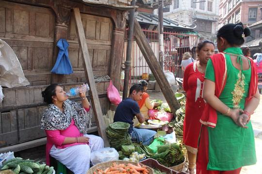 Nepal: Lạc lối ở Thamel - Ảnh 18.