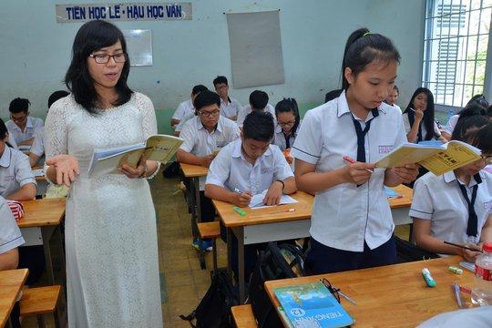 Học sinh tăng mạnh, rầm rộ tuyển giáo viên - Ảnh 1.