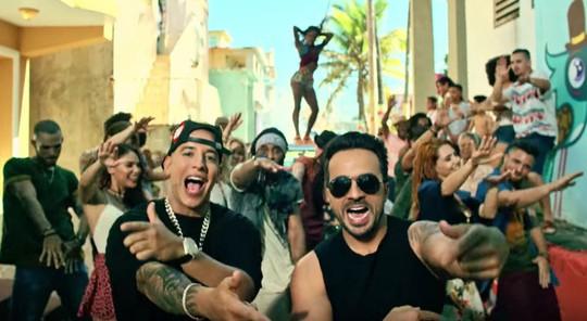 Thua ở MTV VMAs, Despacito đi vào lịch sử Billboard - Ảnh 1.
