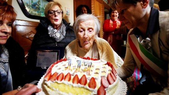 Cụ bà Morano đón sinh nhật lần thứ 117. Ảnh: Reuters