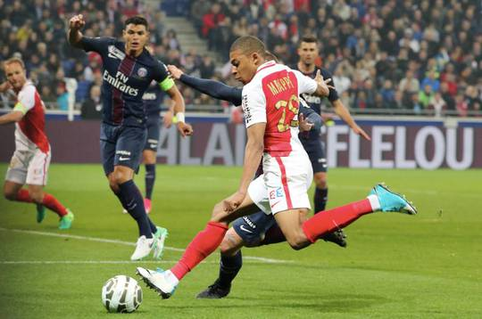 Monaco tăng lương 900% để giữ chân Mbappe - Ảnh 1.