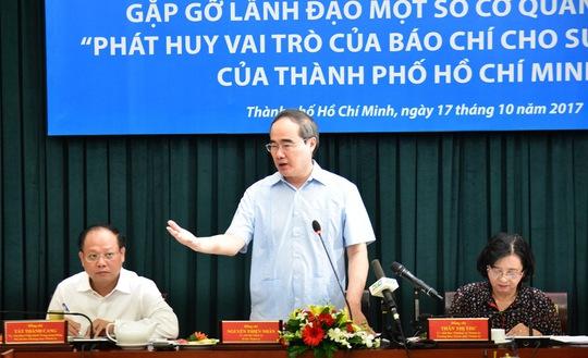 TP HCM: Đặt hàng các quận, huyện xử lý vấn đề báo chí nêu - Ảnh 1.