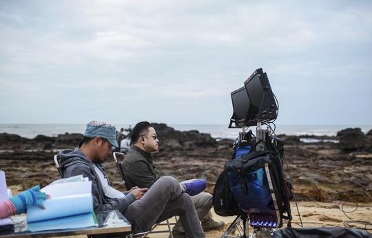 Victor Vũ phô diễn vẻ đẹp Quảng Bình trong phim mới - Ảnh 14.
