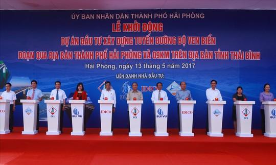 Thủ tướng phát lệnh khởi công tuyến đường ven biển trên 3.400 tỉ đồng - Ảnh 2.