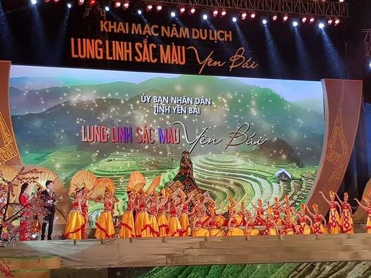 Hơn 50 bản hội hầu đồng hàng đầu Việt Nam tụ hội tại Yên Bái - Ảnh 2.