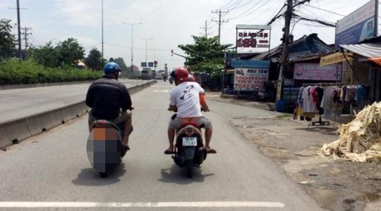 Rộ lên trò dàn cảnh cướp giật ở vùng ven Sài Gòn - Ảnh 1.