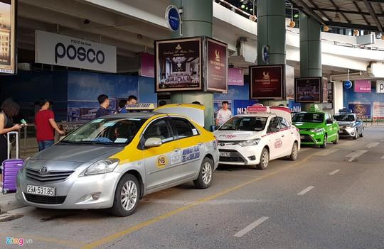 Taxi truyền thống kinh doanh kiểu Uber, Grab được không? - Ảnh 2.