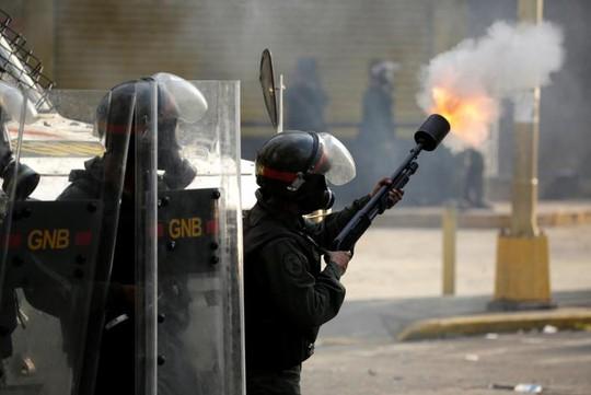 Venezuela: Bạo loạn ở nhà tù, 12 người thiệt mạng - Ảnh 3.