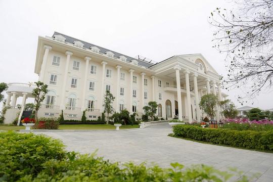 Điểm danh những nơi nghỉ dưỡng độc đáo gần Hà Nội - Ảnh 2.