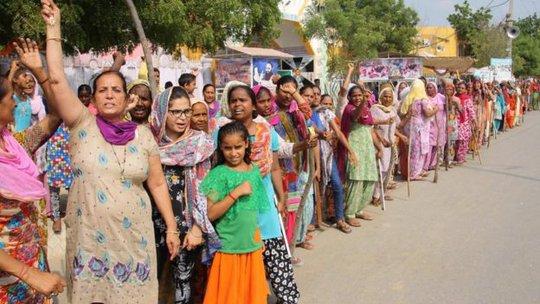 Xử vụ rúng động Ấn Độ: Lãnh đạo tôn giáo cưỡng hiếp tín đồ - Ảnh 2.
