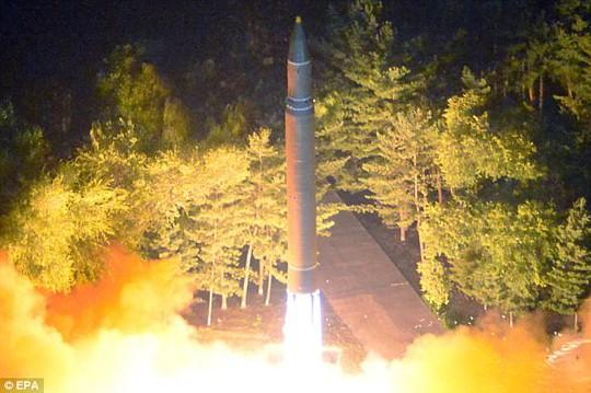 Triều Tiên dọa làm Mỹ đổ nát đến tận cùng - Ảnh 3.