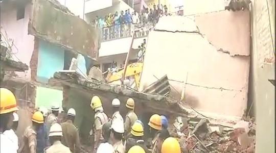 Nổ 1 bình gas, sập nhà 2 tầng, chết 7 người? - Ảnh 2.