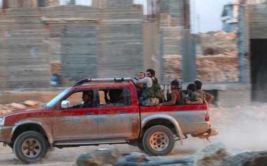 Vươn vòi bạch tuộc ở Syria - Ảnh 1.