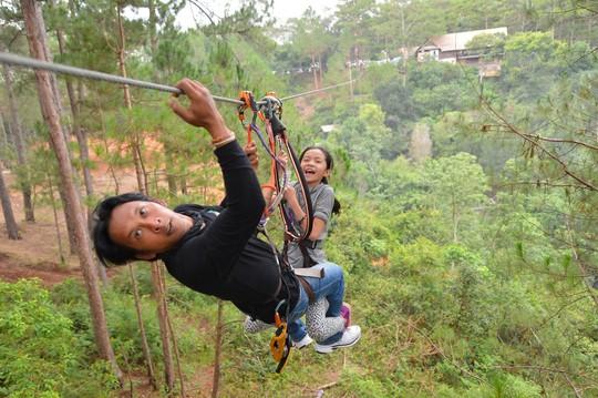 Lâm Đồng cấp giấy phép du lịch mạo hiểm cho 10 đơn vị - Ảnh 1.