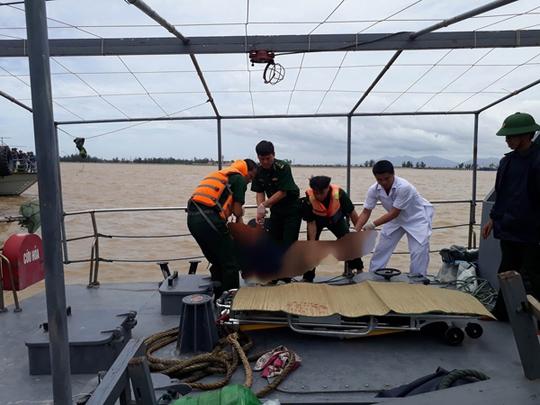 Chìm tàu 4.700 tấn: Tìm thấy 3 thi thể - Ảnh 2.