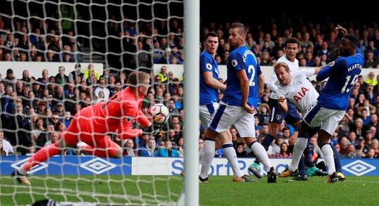 Thắng 3 trận liền, Chelsea vào tốp 3 - Ảnh 1.