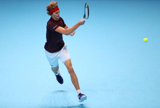 Vượt qua Zverev, Federer vào bán kết ATP Finals - Ảnh 4.