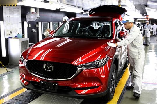 Giá ô tô được nhận định sẽ không giảm nhiều vào năm 2018 bất chấp thuế nhập khẩu ô tô từ các nước ASEAN về 0%.