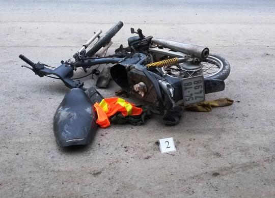 """""""Xe mù"""" lại gây tai nạn tại TP HCM - ảnh 2"""