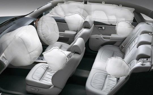 7 tính năng an toàn cần biết trên ô tô - Ảnh 1.