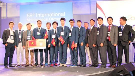 Việt Nam giành 4 Huy chương Vàng Olympic Toán quốc tế - Ảnh 3.