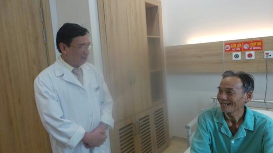 Kỹ thuật tim mạch mới không cần banh ngực - Ảnh 1.