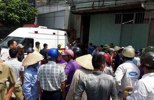 Cháy xưởng bánh kẹo ở Hà Nội, 8 người tử vong - Ảnh 4.