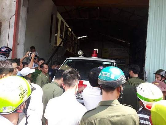 Cháy xưởng bánh kẹo ở Hà Nội, 8 người tử vong - Ảnh 3.