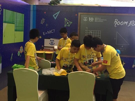 Đoàn Việt Nam thắng lớn tại kỳ thi toán quốc tế WMO - ảnh 1