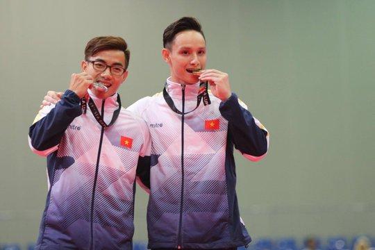 SEA Games ngày 23-8: Cú đúp vàng của Lê Tú Chinh - Ảnh 23.