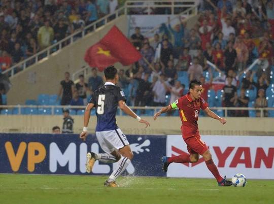 Thắng 5 sao Campuchia, Việt Nam đặt 1 chân vào VCK Asian Cup - Ảnh 8.