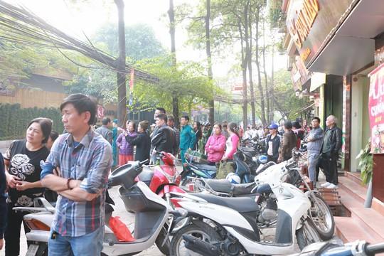 Cháy lớn quán cà phê tại quận Ba Đình - Ảnh 5.