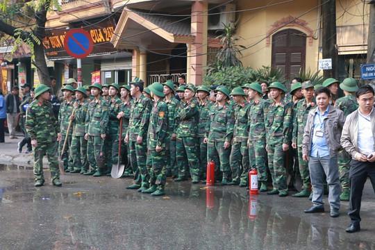 Cháy lớn quán cà phê tại quận Ba Đình - Ảnh 6.