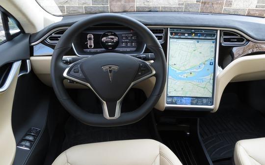 Siêu SUV điện Tesla Model X đầu tiên về Việt Nam - Ảnh 3.
