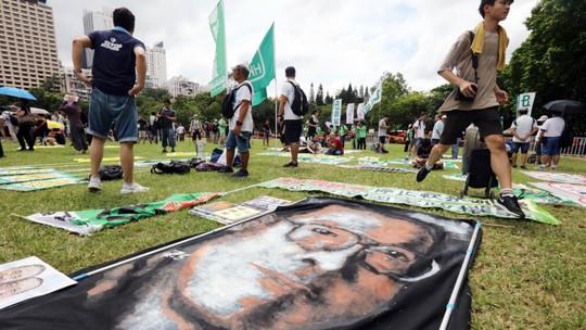 Hồng Kông: Cảnh sát đụng độ người biểu tình - Ảnh 2.