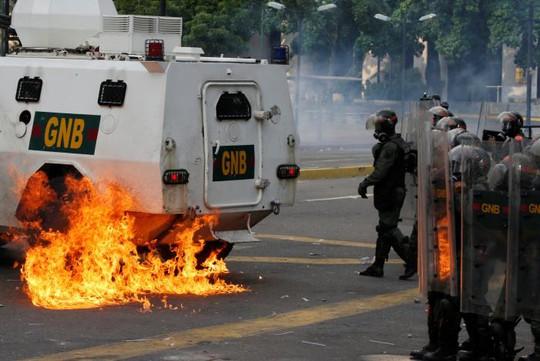 Venezuela: Bạo loạn ở nhà tù, 12 người thiệt mạng - Ảnh 2.
