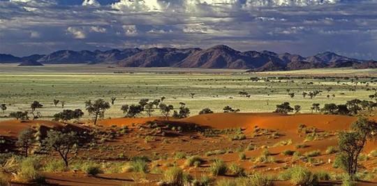 Những nơi có khí hậu đặc biệt nhất thế giới - Ảnh 3.