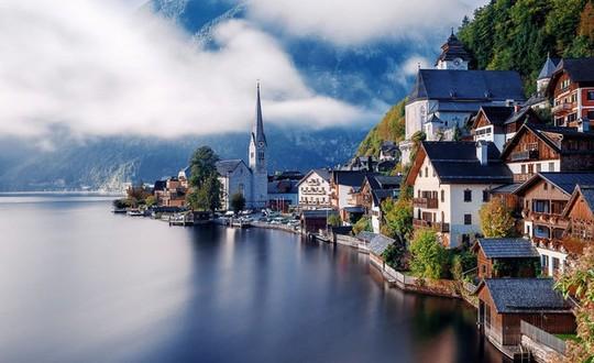 Những ngôi làng đẹp như trong chuyện cổ tích - Ảnh 3.