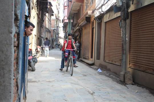 Nepal: Lạc lối ở Thamel - Ảnh 7.